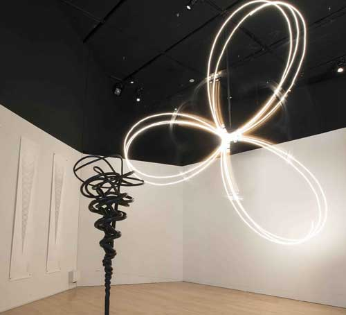 《Projections of the Perfect Third》,Conrad Shawcross,混合媒体,2011 年