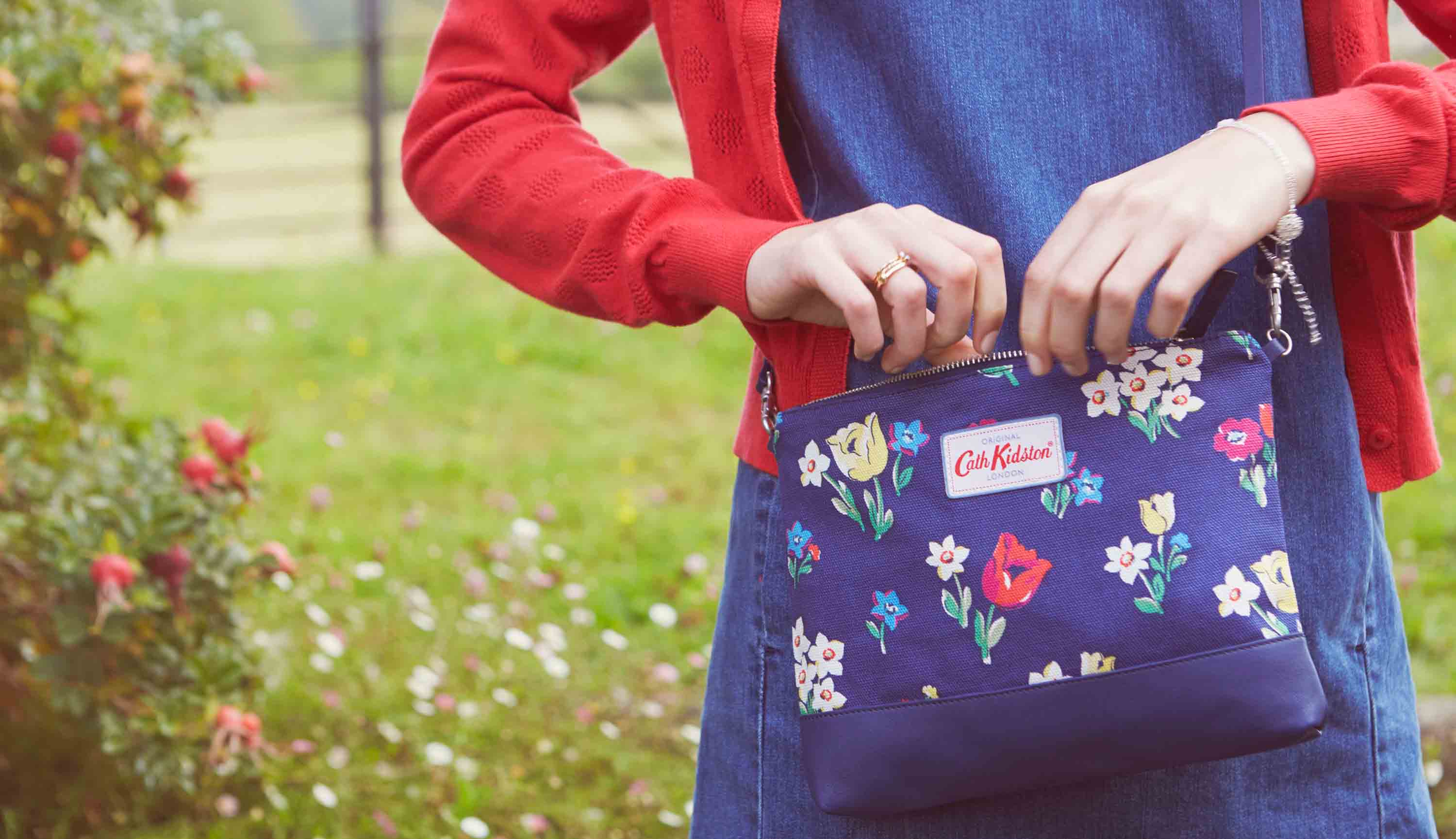Cath Kidston - Paradise Bunch Canvas & Leather Cross Body Bag